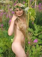 Splendid Nude Nymph