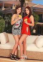 Henessy and Venus - Gorgeous brunettes lick and finger