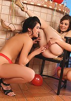 Hailee, Kay and Marion - Three party girls tongue and finger