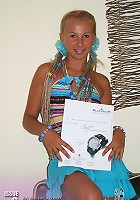 Did you see the fashion magazine in Karolina's hands? Oh� You are looking at her deep tanned body!