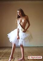Alya � Ballerina