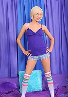 Nubiles.net Hayley_hilton - Gorgeous Hayley Hilton flaunts her tits and pleasures herself with a purple toy